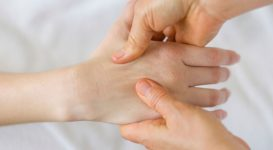 Using Acupressure Pressure Points to Help Ease Migraine Pain